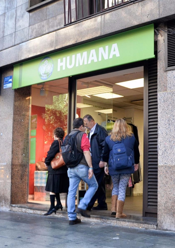 Humana_secondhand_Barcelona_Sants_295