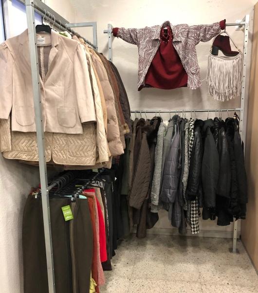 Humana_secondhand_tiendas_moda_Barcelona_tallas grandes_mujer